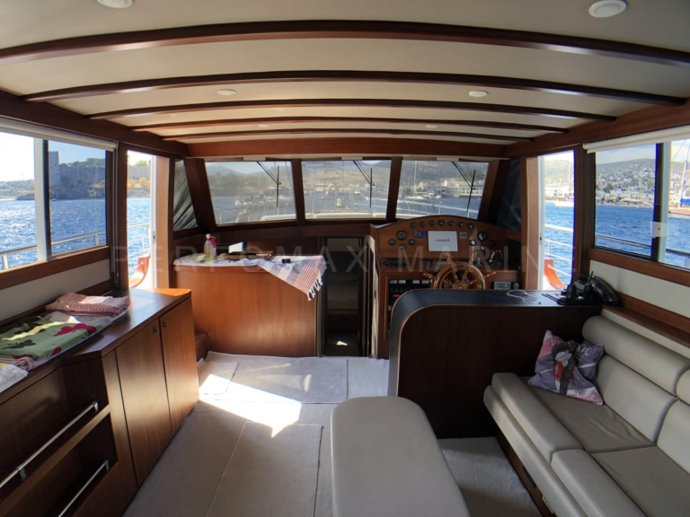 2006 Custom Trawler 16.8m (10)